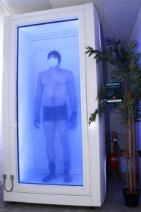 athlete de la gym dans la cryo